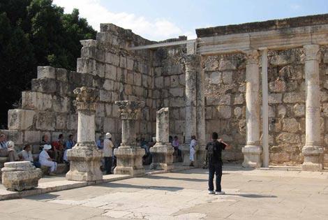 Kapernaum, Synagoge aus dem 4. Jahrhundert, in deren Vorgängerbau Jesus von Nazareth lehrte