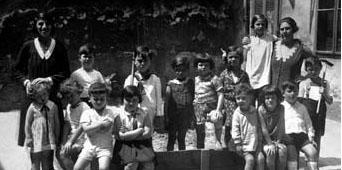Jüdischer Kindergarten in der Herklotzgasse 21, Sandkiste im Hof (ca. 1932)